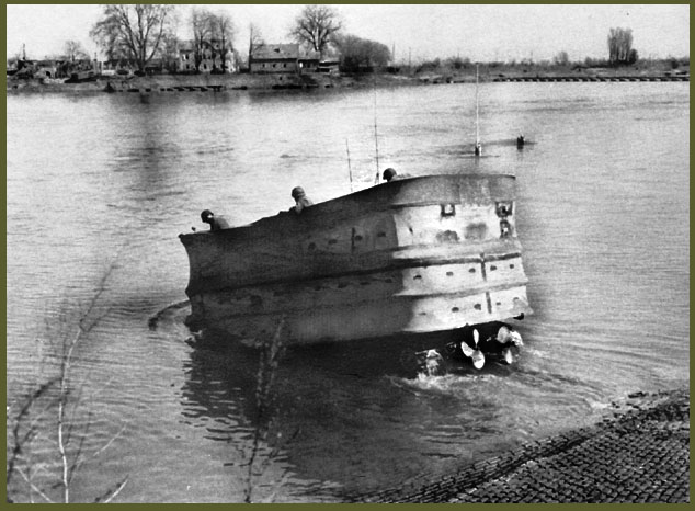 DD amphibious tank in lake copy