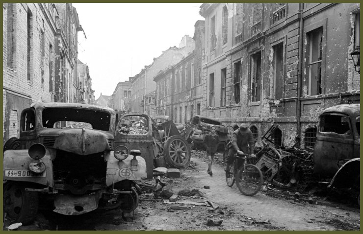 Berlin Oberwallstrasse bomb 1943