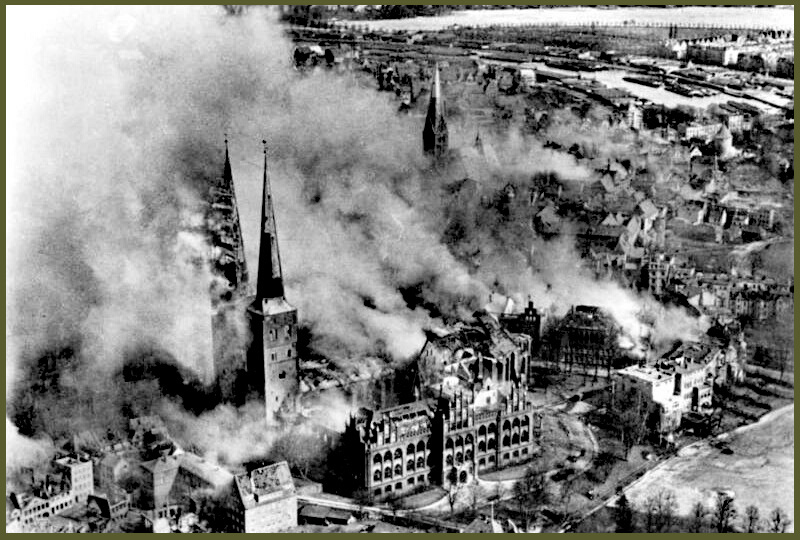 Lubeck burning march 1942