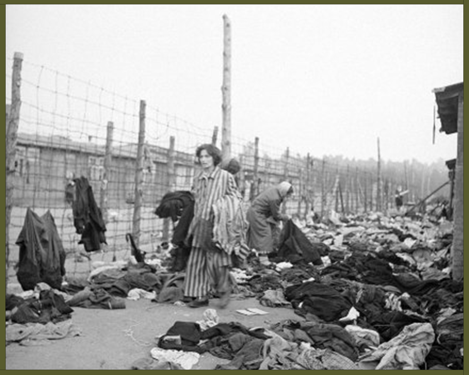 Prisoners at the newly liberated Bergen-Belsen concentration camp, 1945 copy