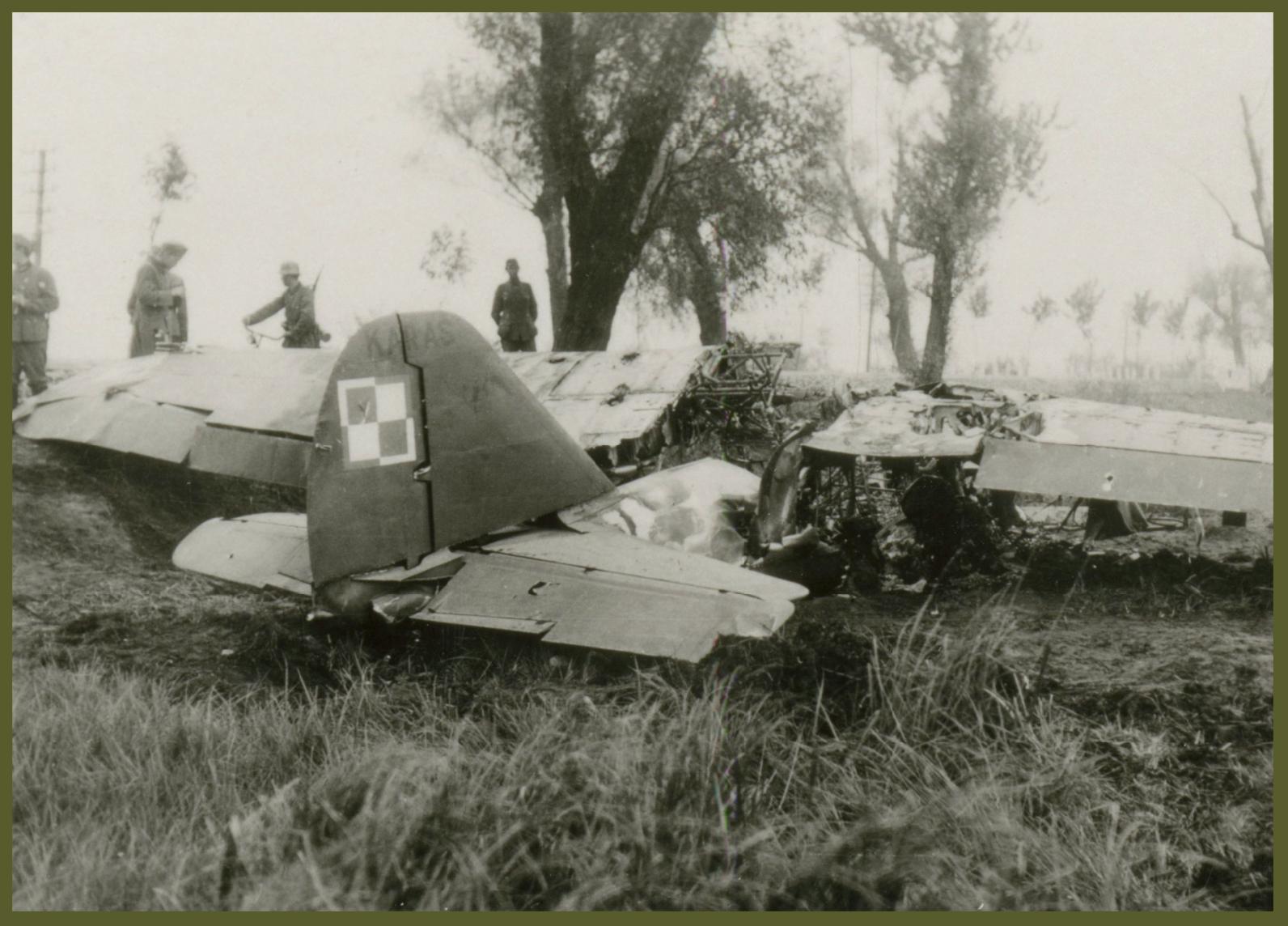 1939 Polish plane shotdown Warsaw