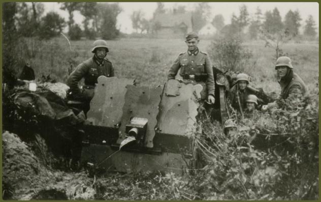 Light Infantry gun in firing position at Praga