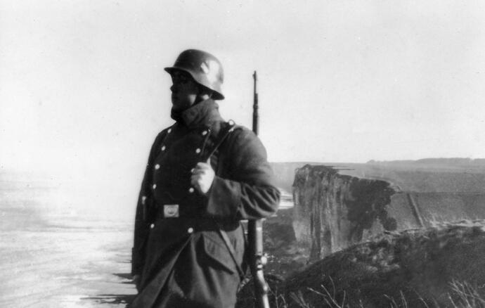 soldier overlooking the cliffs.jpg